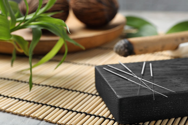 Peak Day Spa offers healing and restorative acupuncture sessions