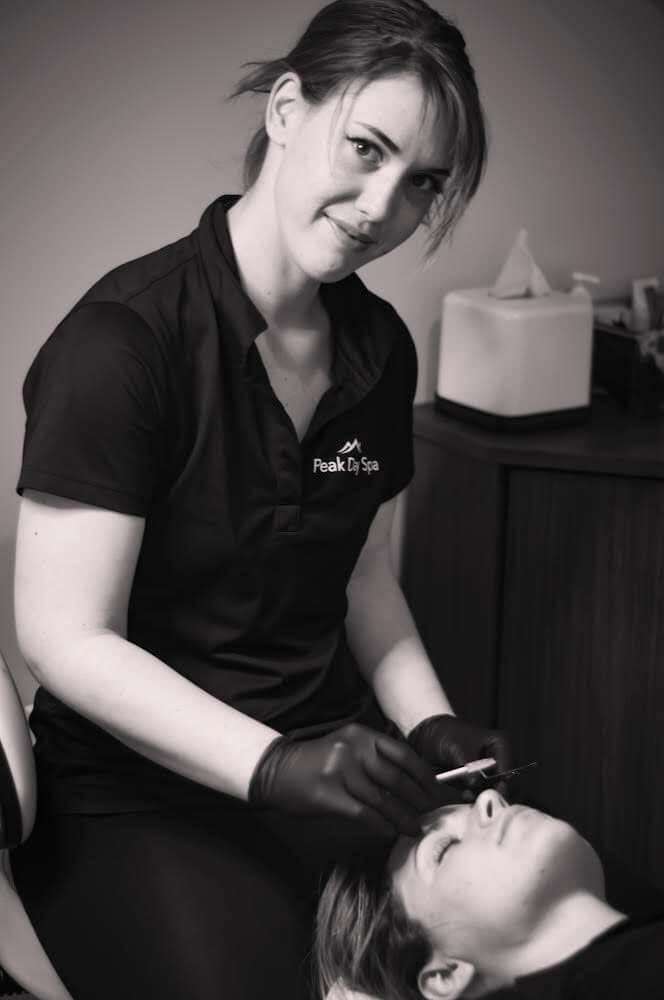 staff waxing treatment - Spa specials Near Me